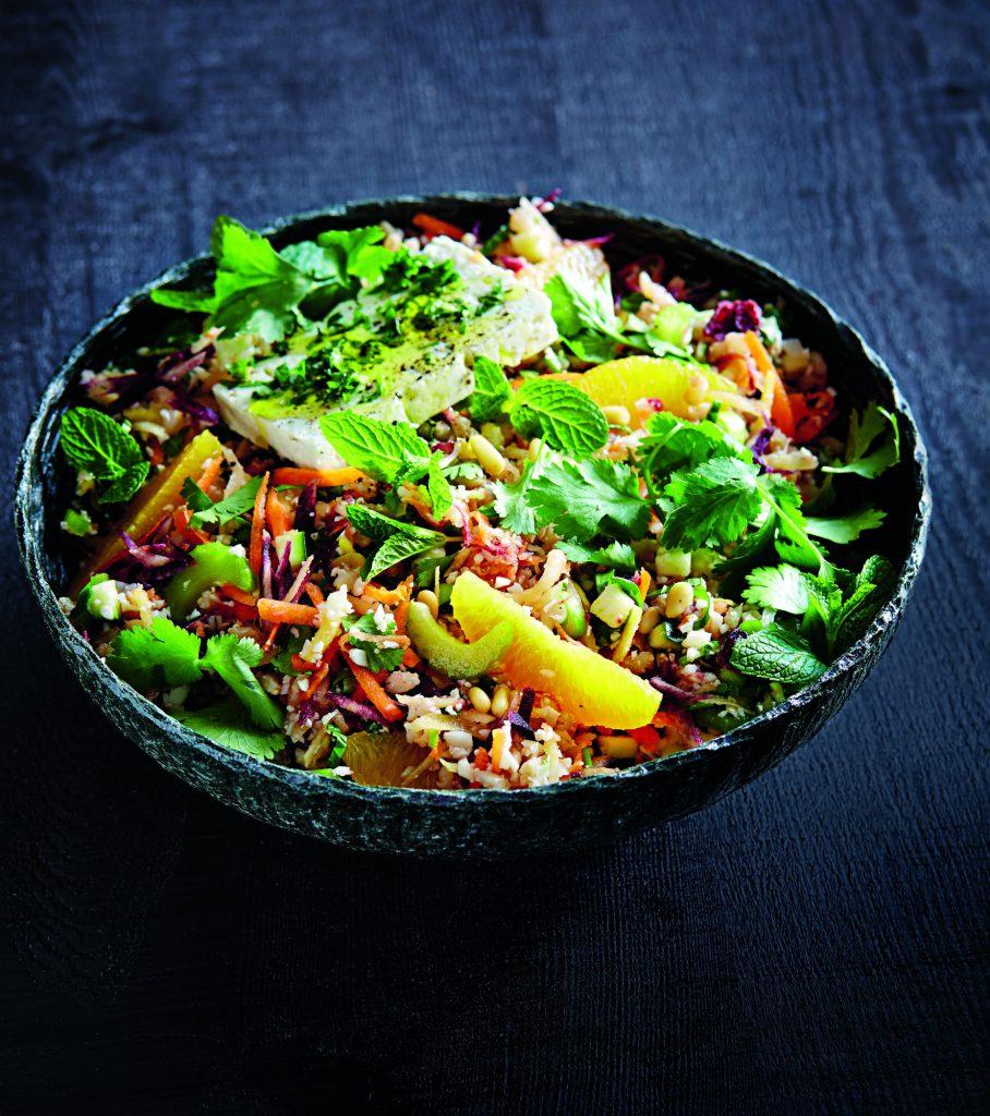 Salade d'orge et de légumes crus proposée par OfficeMed - Centre Médical Georges-Favon à Genève Plainpalais